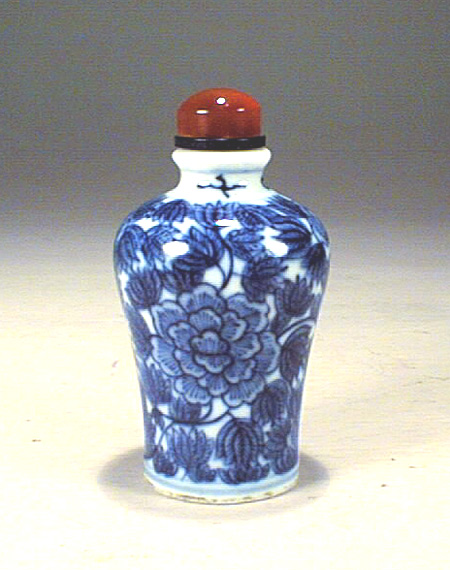 Blue & White snuff bottle, Guangxu mark and period