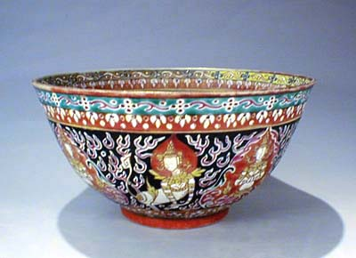 Bencharong Porcelain Bowl, 18th C. For Royal Thai.
