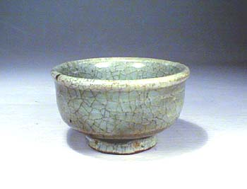 Celadon small cup, Jin Dynasty
