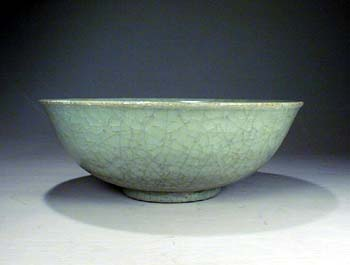Carved Celadon Bowl, Yuan Dynasty